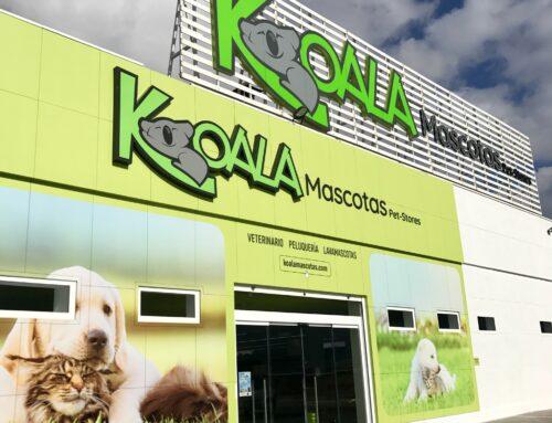 Decoración fachada – Koala Mascotas